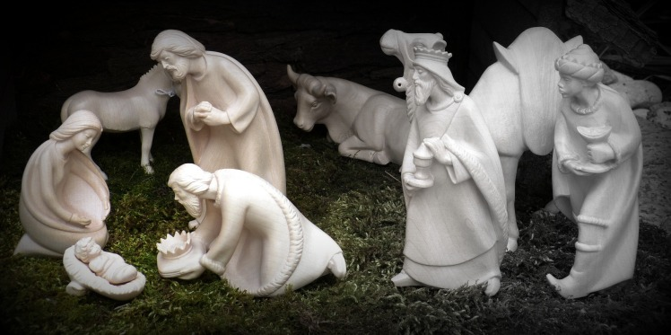 christmas-1038362_1920.jpg